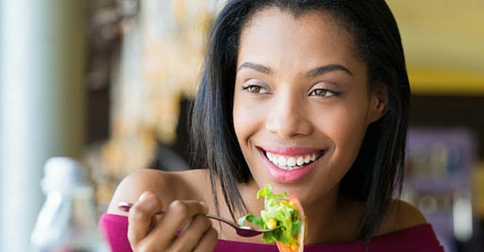 Frisco TX dentist shares 5 foods for optimal oral health